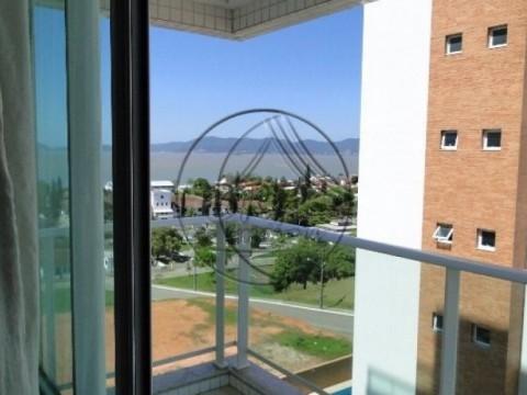 Imóveis em Imobiliárias Florianópolis - apto de 3 dormitórios, suíte, em condomínio tipo clube