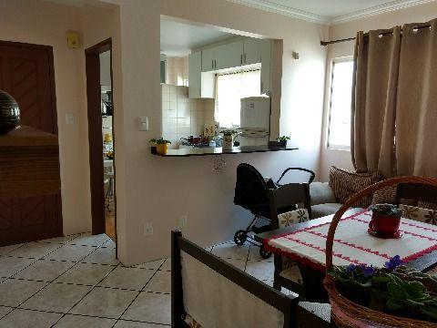 Apartamento de 3 dormitórios, sala, cozinha montada, garagem livre para até dois automóveis, condomínio baixo, em ótimo estado de conservação.