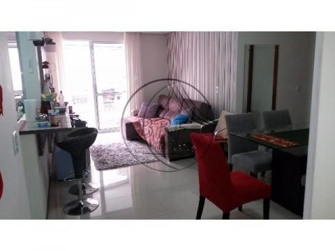 Apartamento de 2 dormitórios, suíte, mobiliado, área útil de 90,21 m²