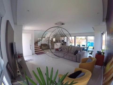 Casa alto padrão em Ingleses Florianópolis SC, 367,89 m²