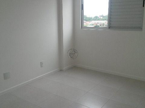 Novo, pronto para morar, apartamento a venda em Bairro Arreias São José SC, de dois dormitórios, suíte, sacada com churrasqueira a carvão