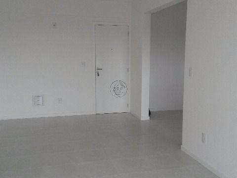 Novo, pronto para morar, apartamento a venda em Bairro Arreias São José SC, de três dormitórios, suíte