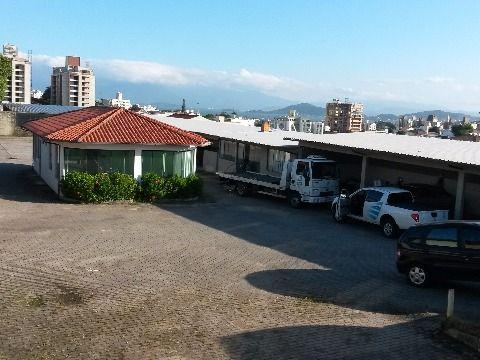 Vendo terreno para construtoras com área de 2460 m² em Capoeiras Florianópolis SC