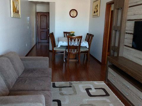Vendo apartamento de tres dormitórios com suite e 2 vagas de garagem com 118 m² de área útil