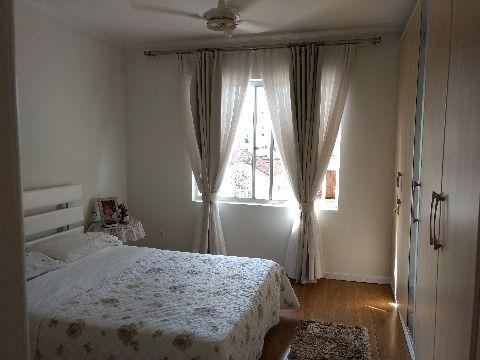 Vendo apartamento em Canto Estreito Florianópolis SC, de três dormitórios sendo uma suíte