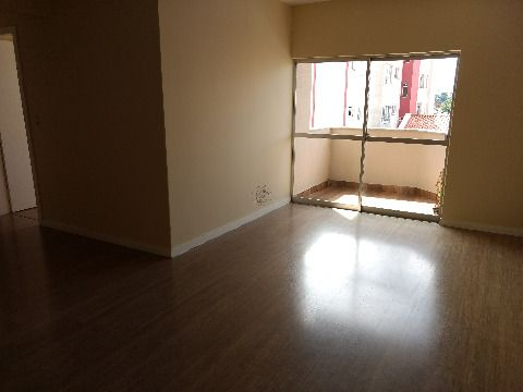Vendo apartamento de três dormitórios em Coqueiros Florianópolis SC