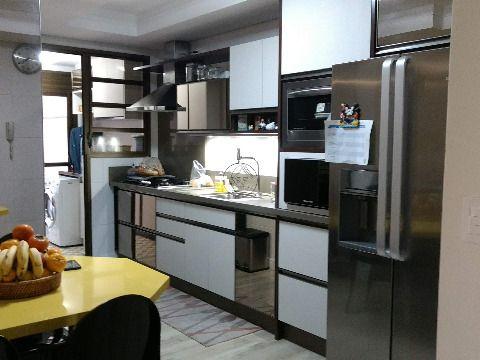 Vendo maravilhoso apartamento de três dormitórios, duas suítes, sendo a master com hidro, em Bom Abrigo, Florianópolis SC