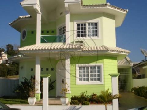 Muito boa Casa à venda No Condomínio Pedra Branca