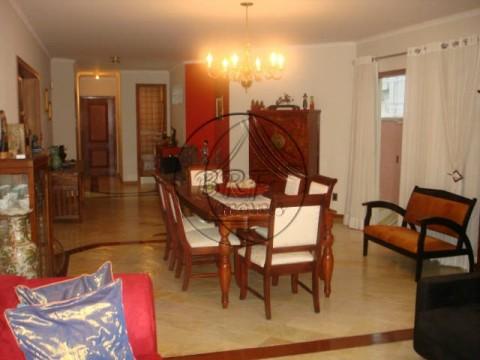 Cobertura 4 dormitórios(2 suítes com hidro) Balneário Estreito Florianópolis SC