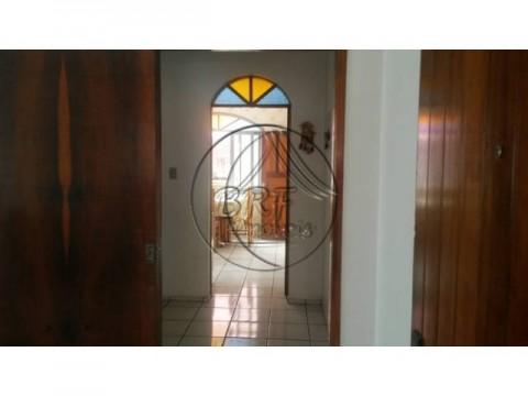 casa 4 dormitórios, suíte com closet, lavabo, em excelente localização