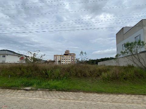 Terreno com 675m² em Antônio Carlos