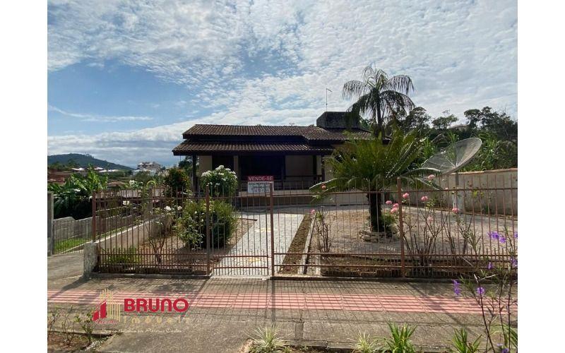 Casa 3 dormitórios - Antônio Carlos