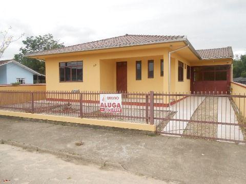 Casa no centro de Antônio Carlos