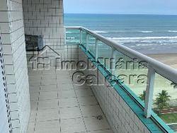 Apartamento 02 dormitórios, frente para o mar!!!!