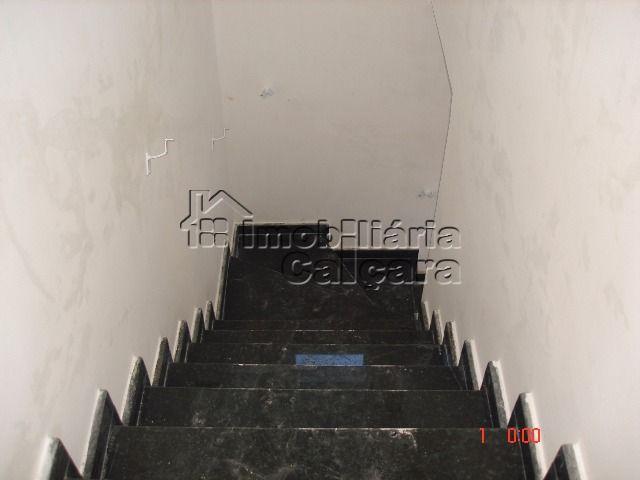 escada para acessar a casa