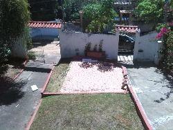 visão da varanda da varanda da frente pro quintal