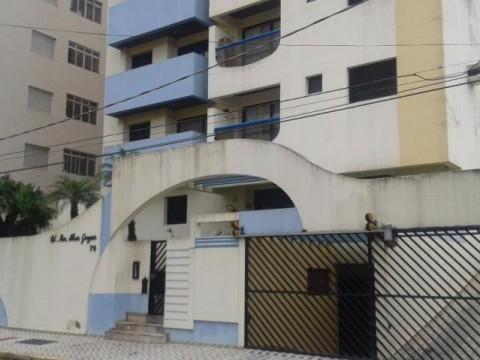 Lindo apartamento de um dormitório a 70 metros da praia na Vila Caiçara.