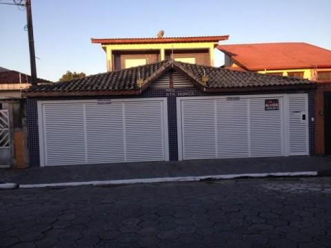 Sobrado residencial à venda, Vila Guilhermina, Praia Grande.