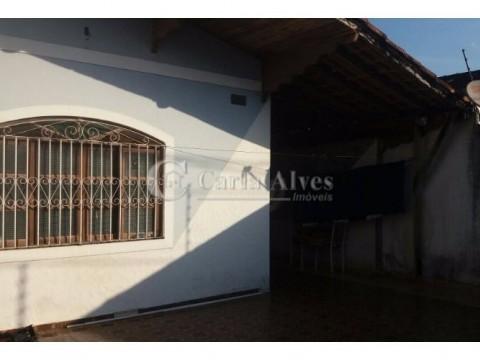 Casa Geminada 2 Dormitórios com 1 Suíte na Vila Caiçara Praia Grande