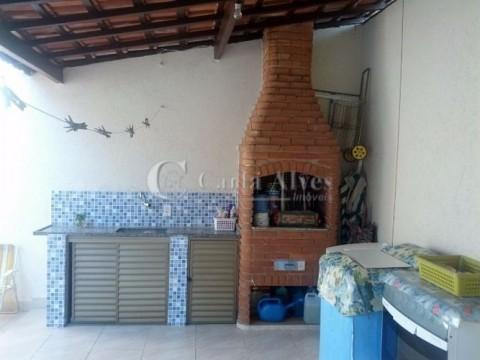 Casa Geminada REFORMADA no Caiçara, Próxima da Panificadora Nossa Senhora de Praia Grande