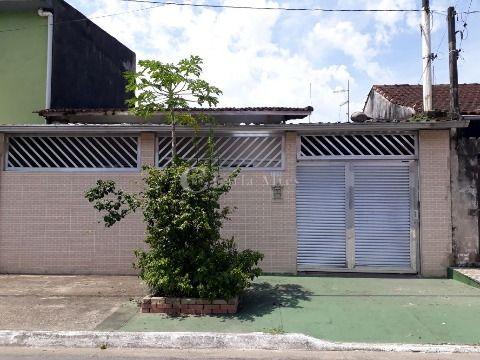 Casa Isolada de 1 Dormitório no Jardim Melvi, Praia Grande