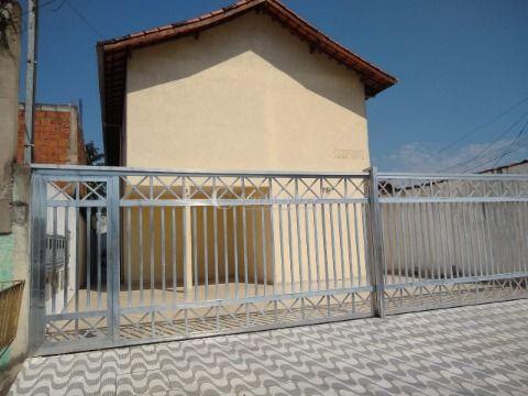 Casa Sobreposta em Condomínio no Samambaia Praia Grande