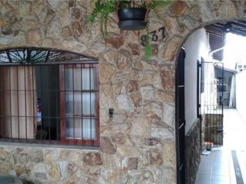 Casa  residencial à venda com 2 dormitórios sendo 1 suíte, Balneário Maracanã, Praia Grande.