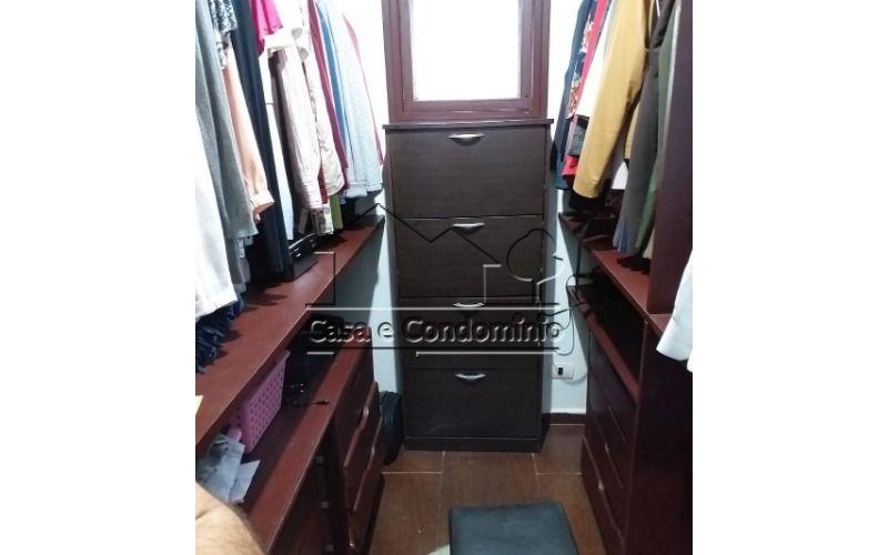 Closet_001