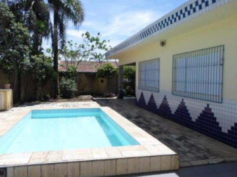Excelente Casa Isolada em Praia Grande, Balneário Maracanã