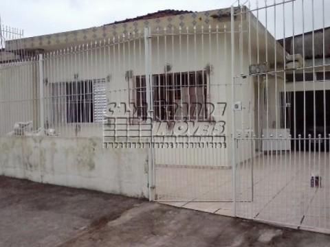 Ótima Casa Geminada em reforma em Praia Grande, Ocian