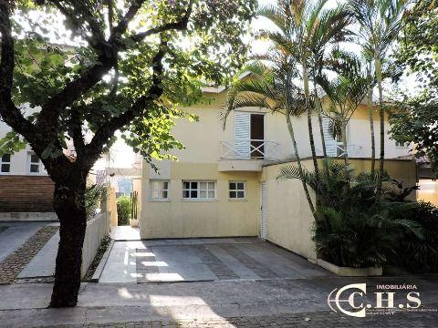 Casa 3 dormitórios à venda