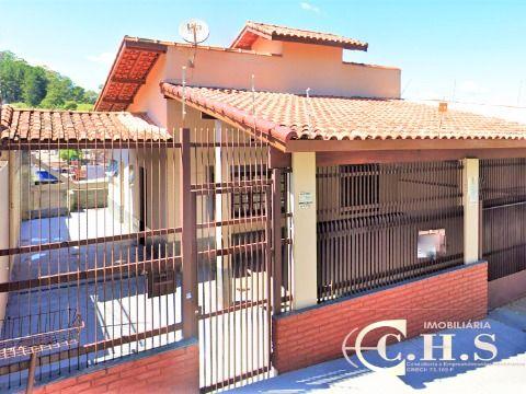 Casa Térrea com piscina à venda