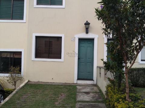 Aluga-se casa em condomino na Vila São Francisco