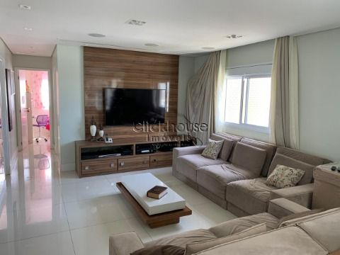 Vende apartamento de 137 metros (Condominio Lorian Boulevard)