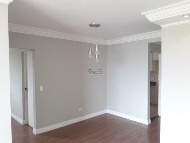 contendo 1 suite, sala ampla, acabamento estruturado, piso laminado, armários