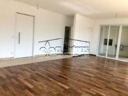 Belíssimo apartamento localizado no Tamboré, 2842m2