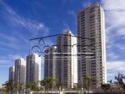 Belíssimo apartamento em São Paulo, Butantã, próximo a USP, com 156m, 2 vagas de garagem,  sacada gourmet com churrasqueira fechada com vidros, 3 s...