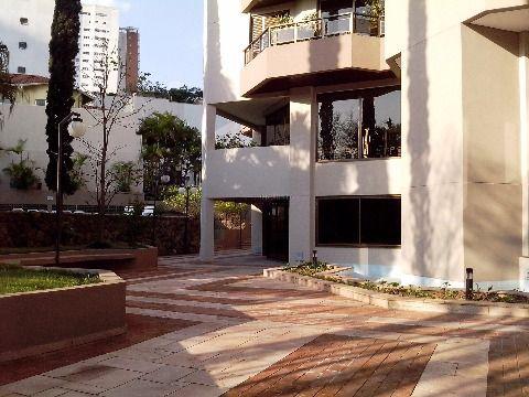 Apartamento em Campo Belo - São Paulo