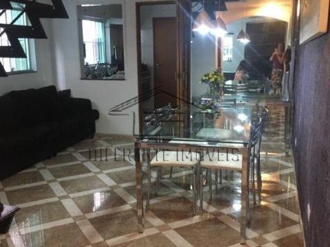 SOBRADO 240 m² - 3 DORMITÓRIOS - 1 SUÍTE - 2 VAGAS - NO JARDIM TÊXTIL !!