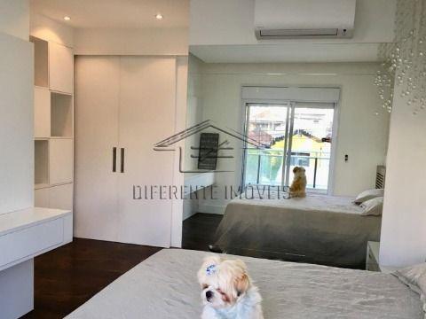 AP214 - Apartamento 240m2 - 3 Dorms - 3 Suítes - 4 Vagas - Excelente Localização