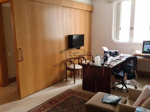 Apartamento 3 suítes - 3 vagas - 340m² na (Zona Oeste ) -