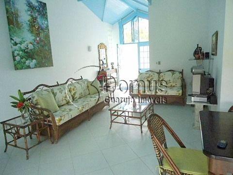 Casa confortável, 3 quadras praia de Pernanbuco.