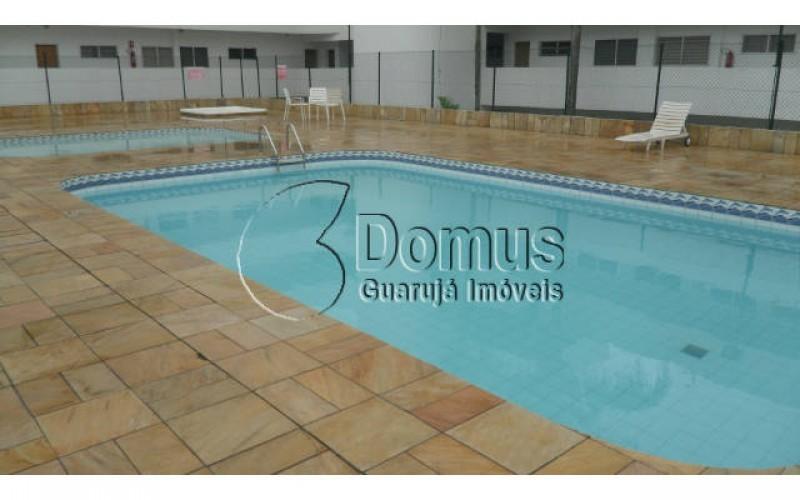 Apartamento 2 dormitórios, suite, sala com sacada, laser completo, uma quadra da praia