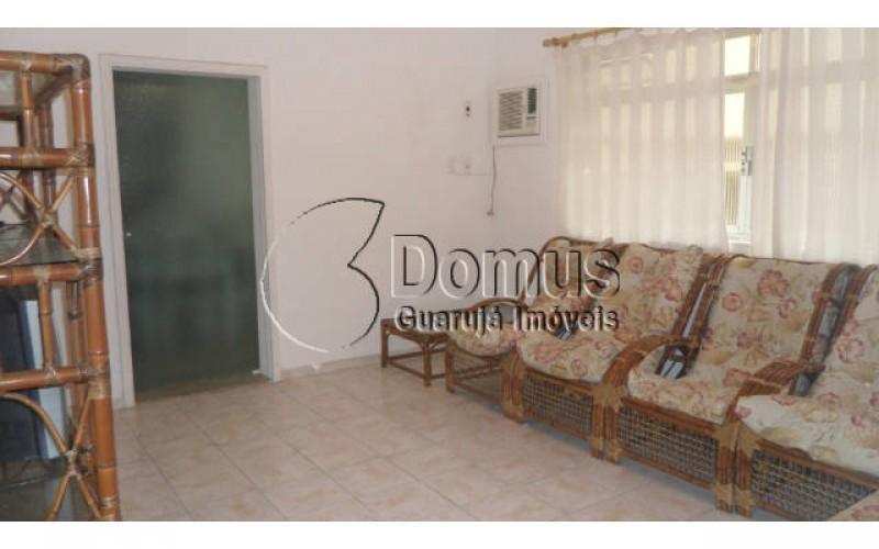 apartamento 2 dormitórios, sendo uma suite, próximo à praia Região Brunela