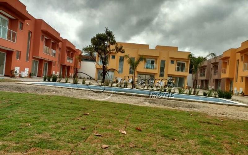 Casa  Condomínio pé na areia Boiçucanga