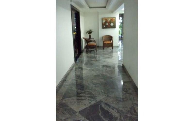corredor hall entrada