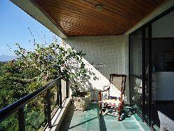 Apto em Riviera, 2 dormitórios, linda vista da serra