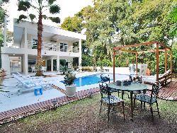 Casa a venda em Riviera - M26 - 340 M² - 4 suítes