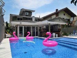 Casa em Riviera - 05 suítes - 270 m²