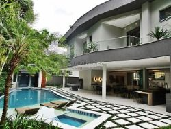 Residência de luxo em Riviera - 07 suítes - 600 M²